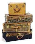 ca692cef781a2821c8cf22c56e8e8705--vintage-luggage-vintage-suitcases